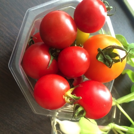 Packed tomato